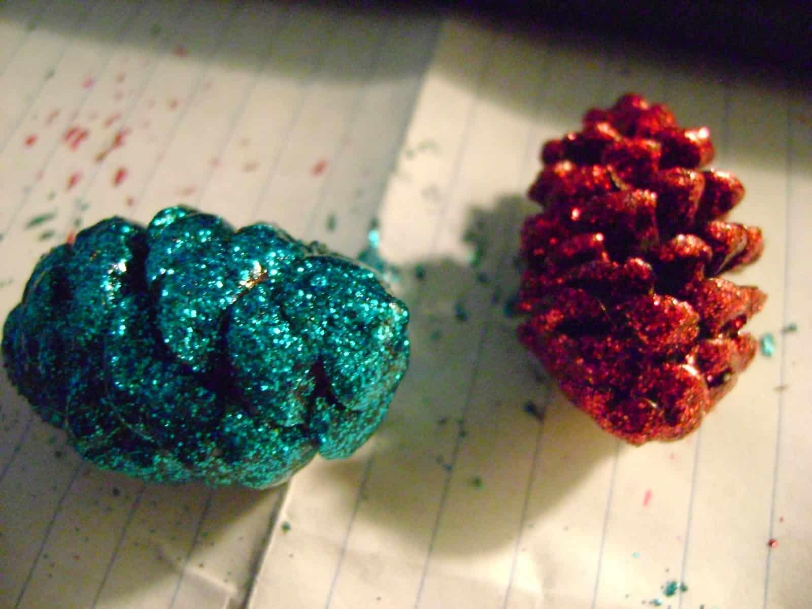 Sparkly pine cones