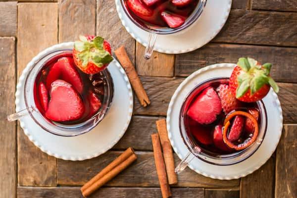 Strawberry mulled wine