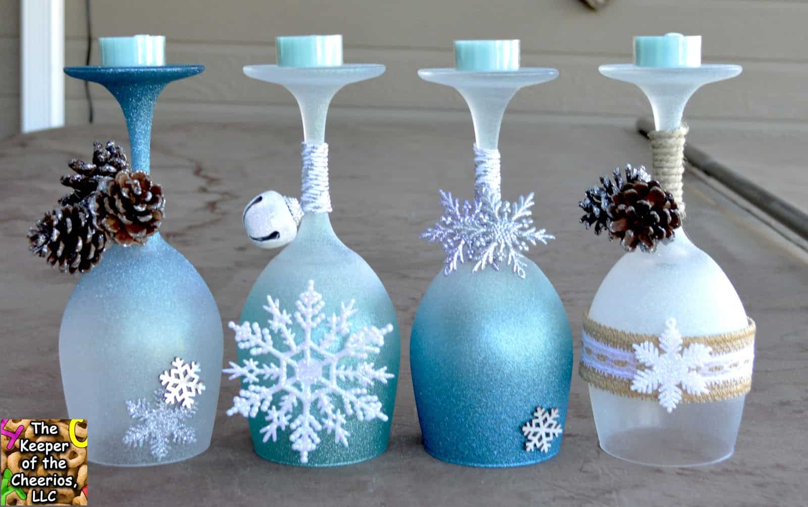 15 Diy Christmas Crafts Involving Glitter