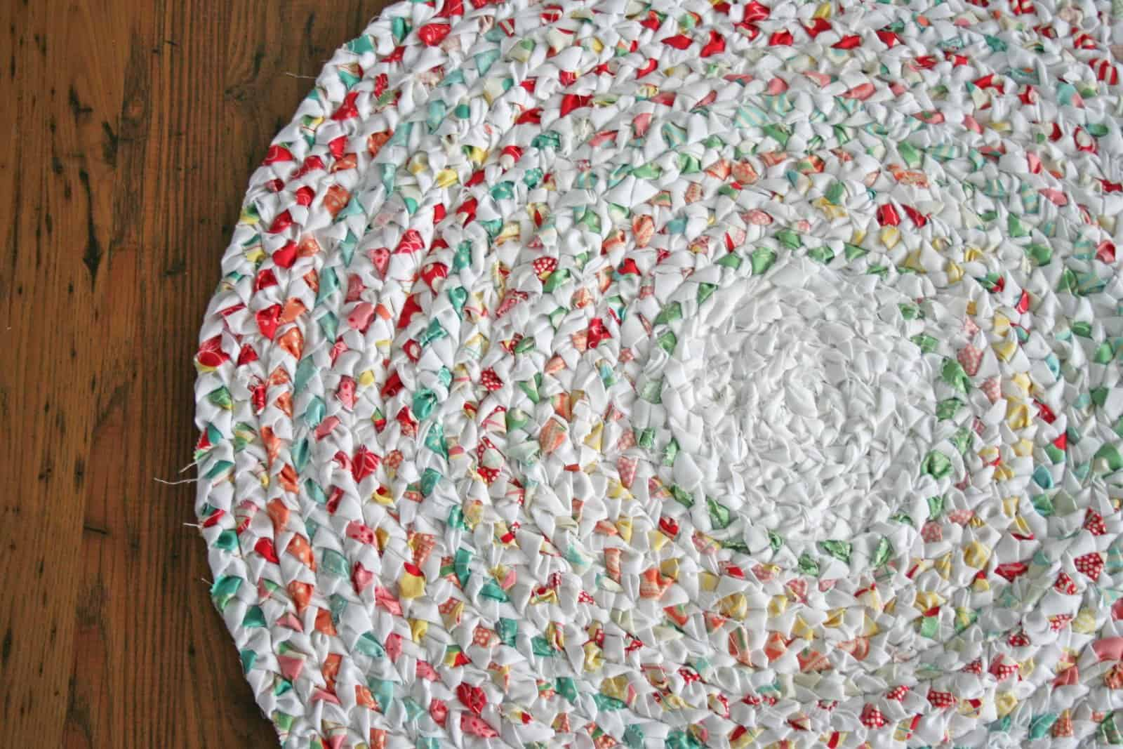 Diy Rag Rugs That Are Super Fun To Make