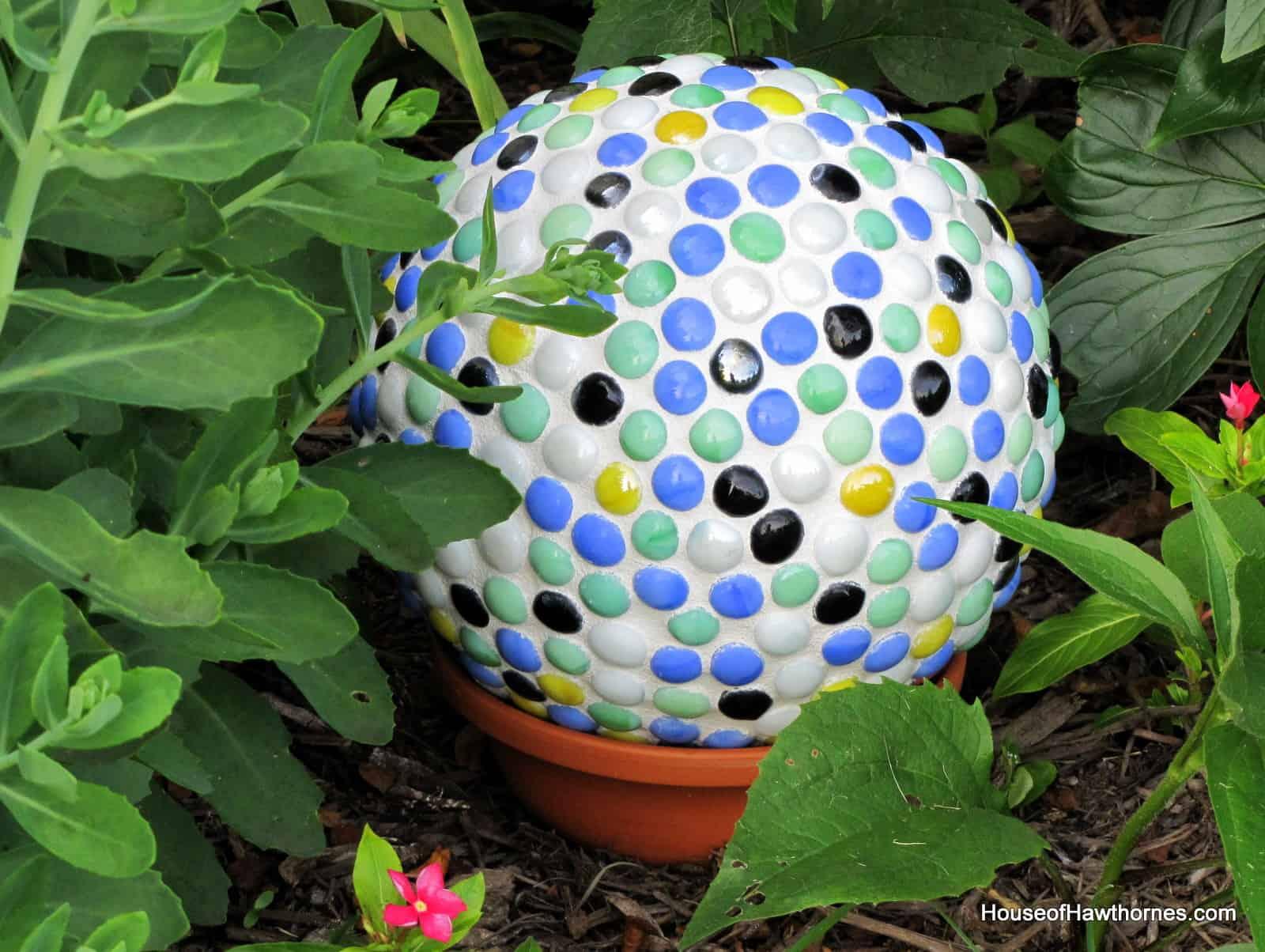 Caulking and marble mosaic gazing ball