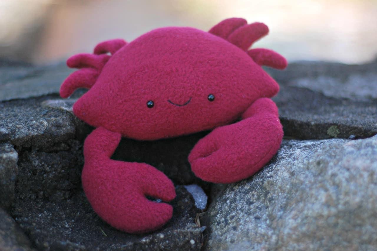 Crab plushie