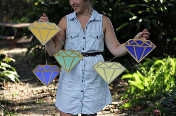 Diamond garland
