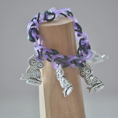 Elastic loom charm bracelet