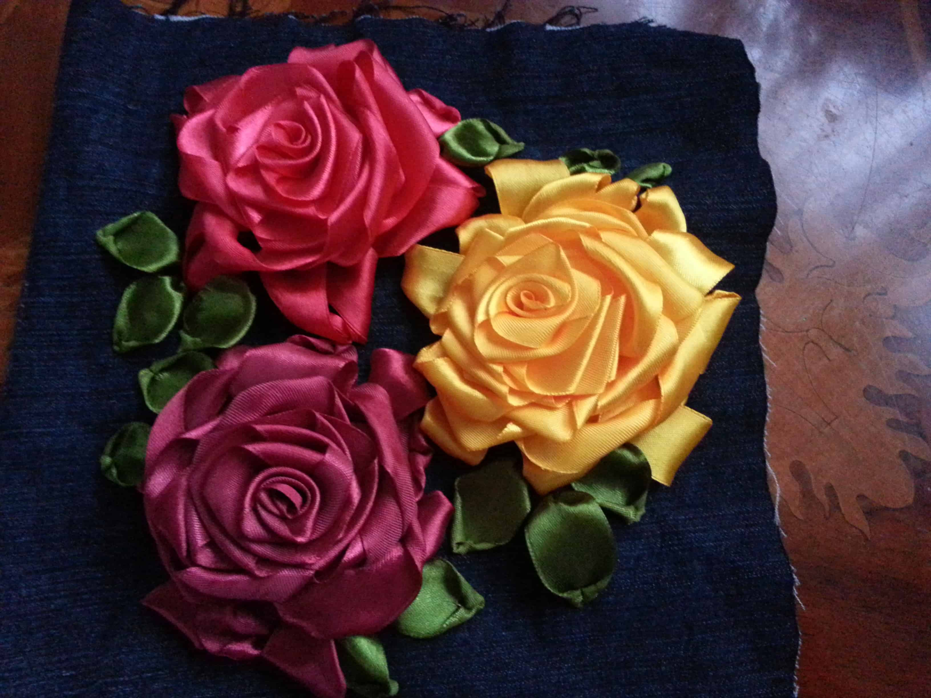 Looped layered ribbon roses