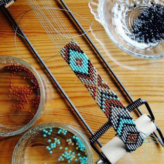 Usher in Colorful Textural Brilliance with these 15 Great Loom Crafts