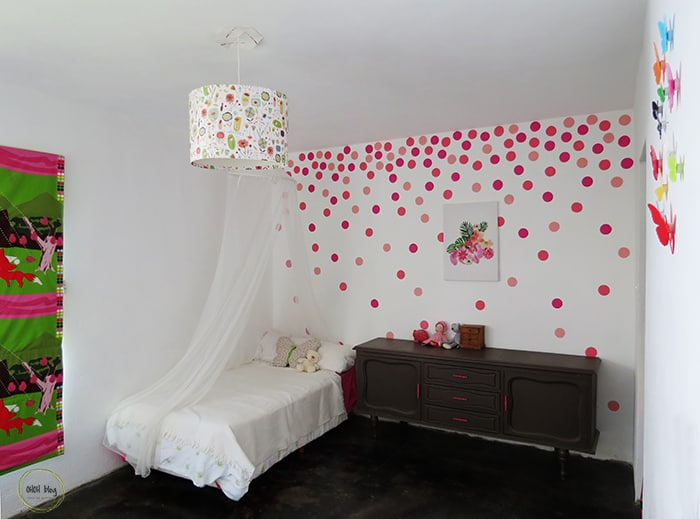 Polka dot bedroom wall