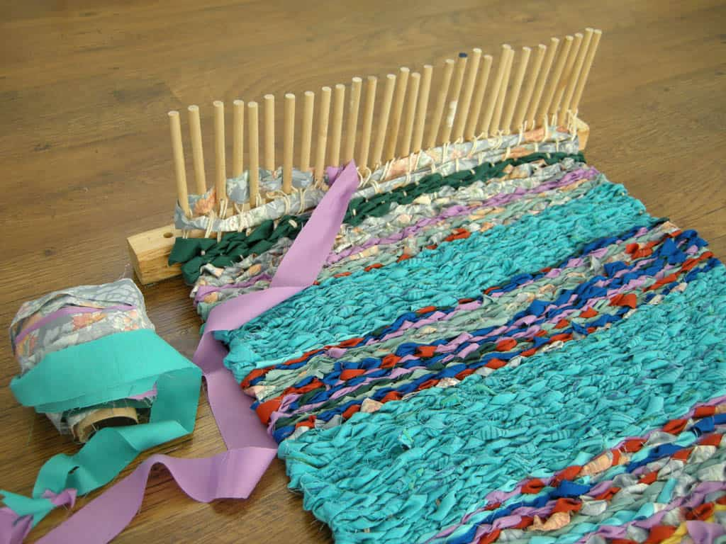 Ribbon weaving on a peg loom