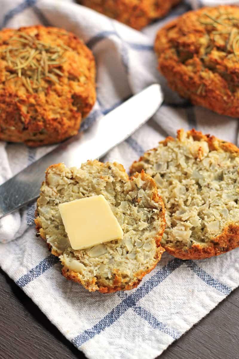 Rosemary cauliflower biscuits