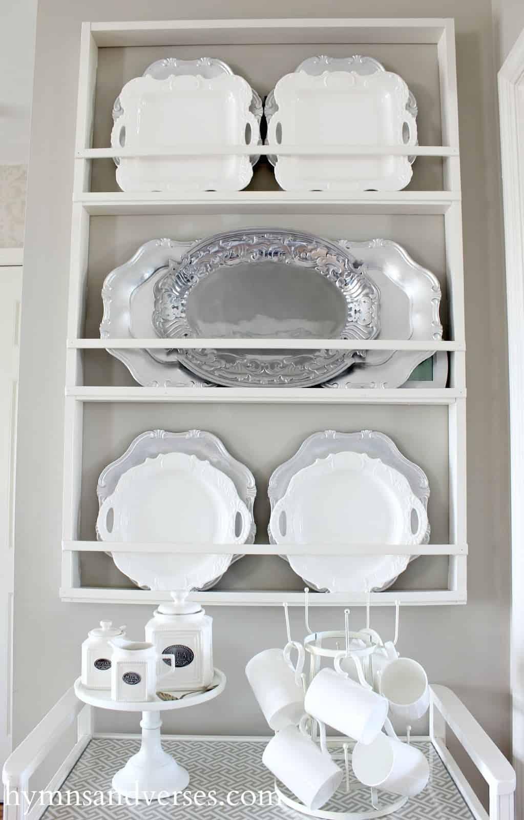 Simplistic vertical plate rack