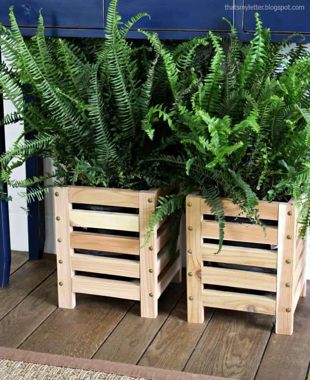 Cedar scrap wooden planter