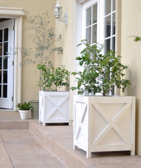 Criss cross wooden planters
