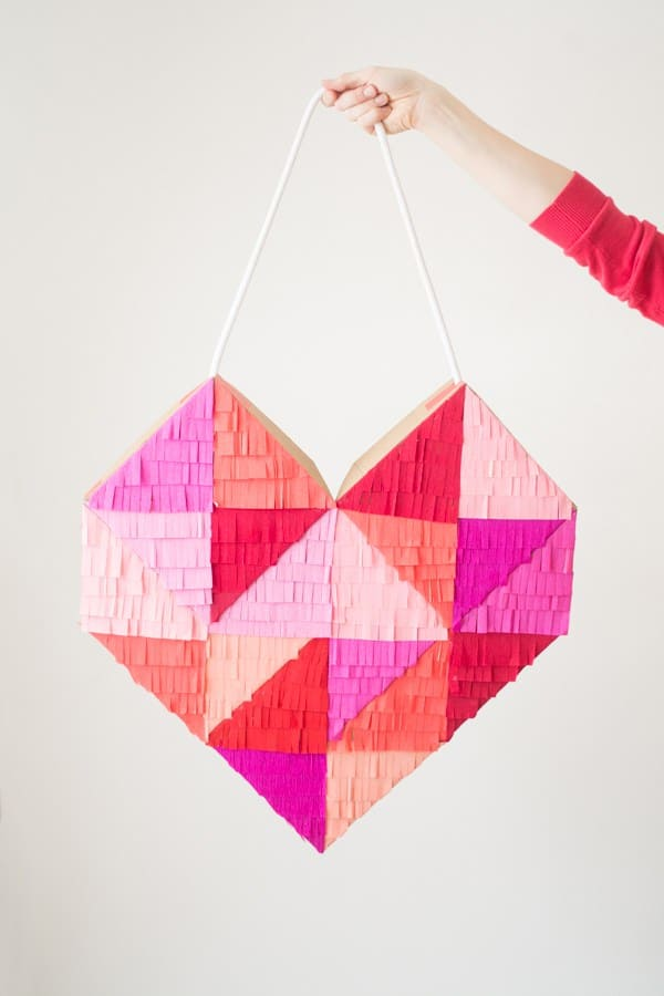Fringe geometric heart