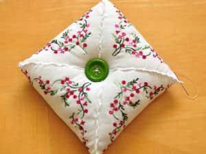 Handkerchief pin cushion