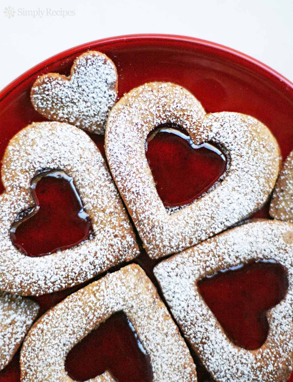 Homemade Valentine's Day Linzer cookies