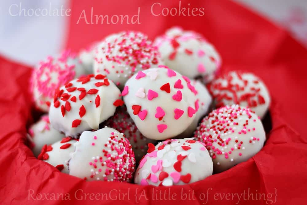 Iced choclate almond Valentine cookies