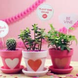 Adorable DIY Decor for Valentine's Day Parties