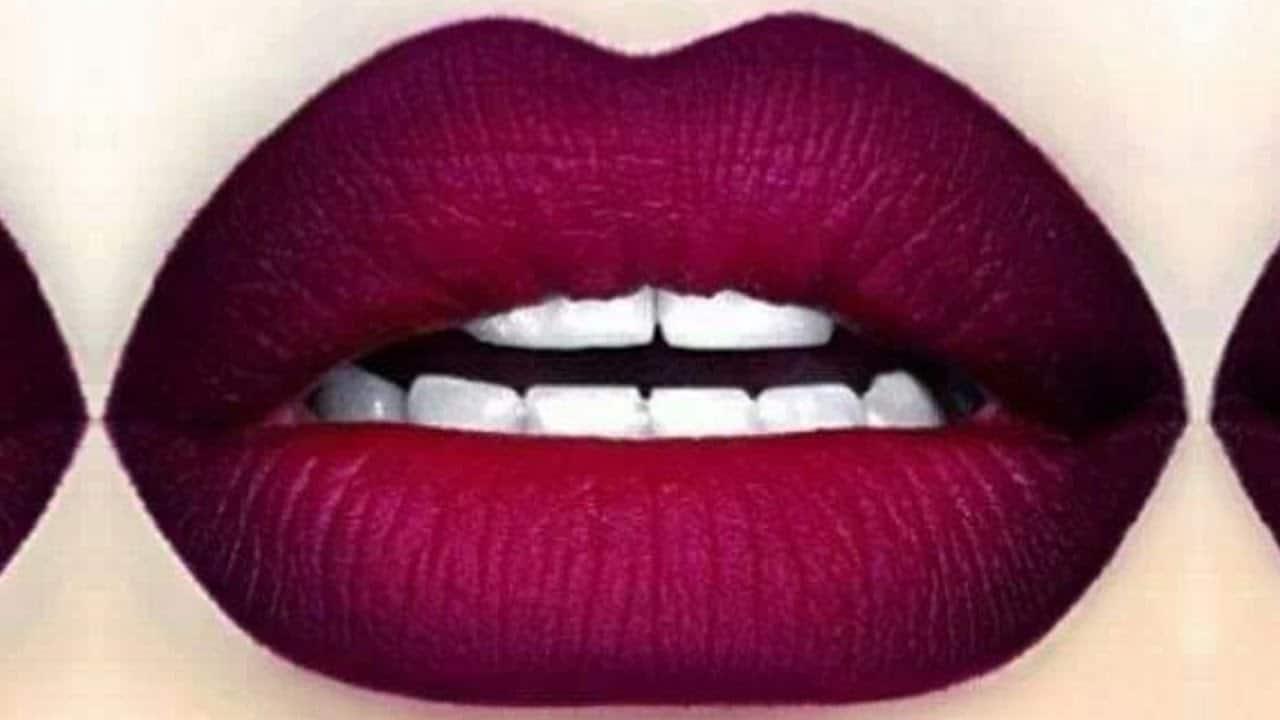 Plum ombre lips