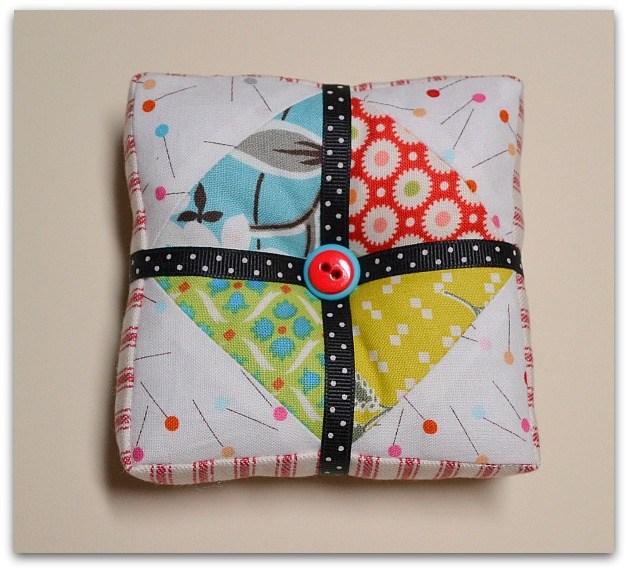 Present pin cushion