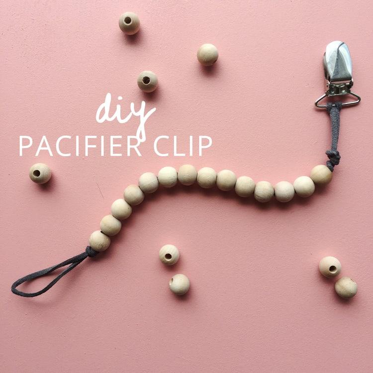 Wooden beads pacifier clip