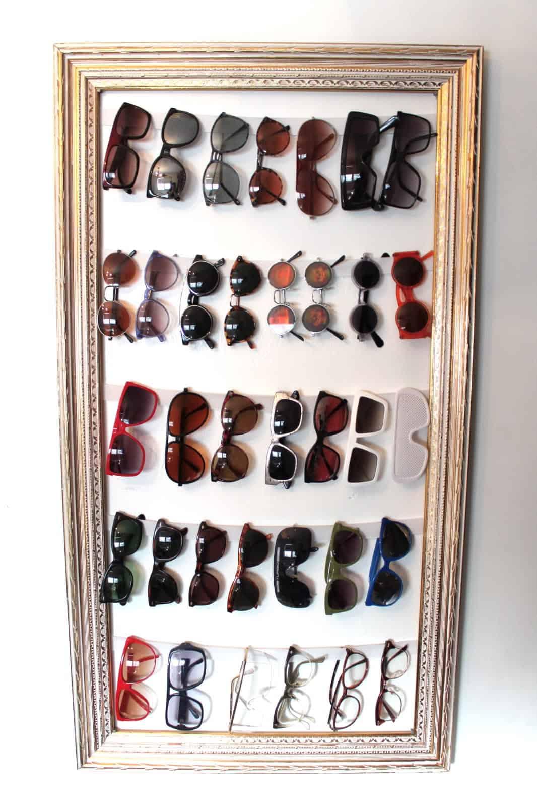Picture frame sunglasses organizer