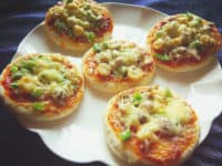 Tiny Size Big Delight: Mini Pizzas