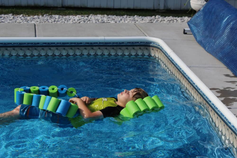 Pool noodle fish float with head rest