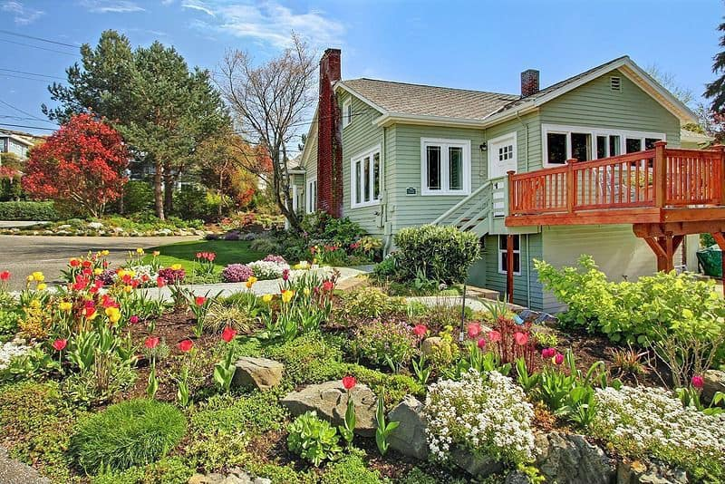 Pruning and garden prepping 15 Useful Spring Home Maintenance and Cleaning Tips