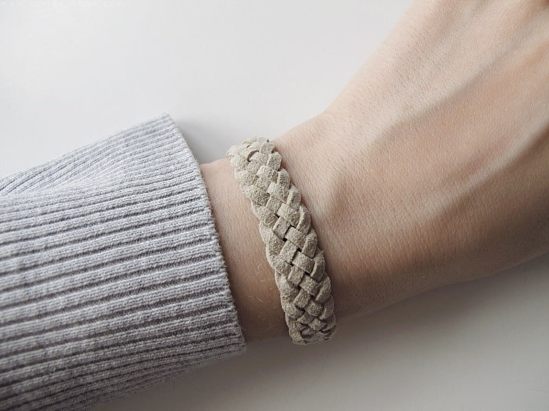 Unicolored five strand braided bracelet
