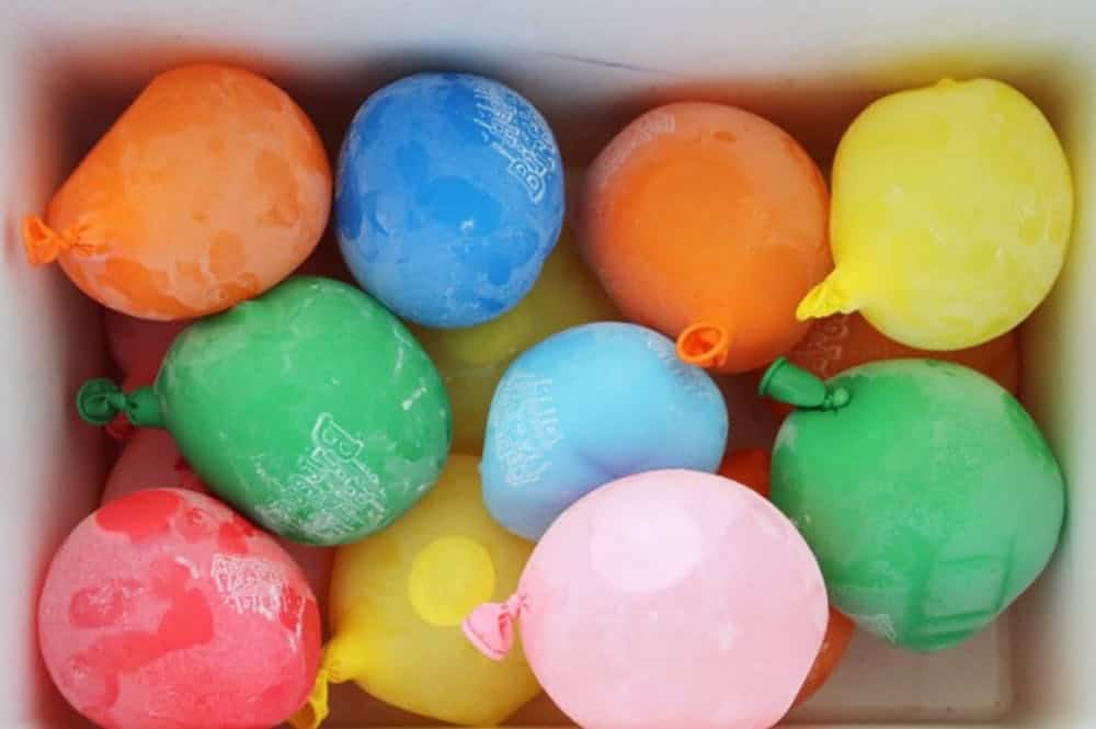 Cold water balloon fight