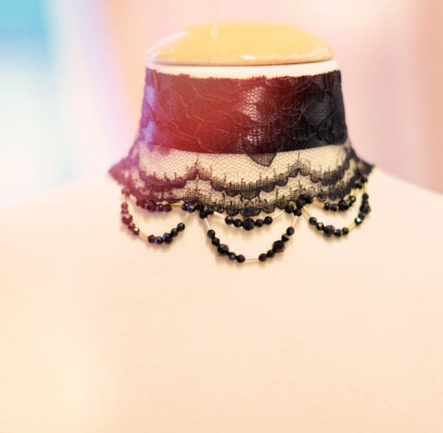 DIY beaded lace choker