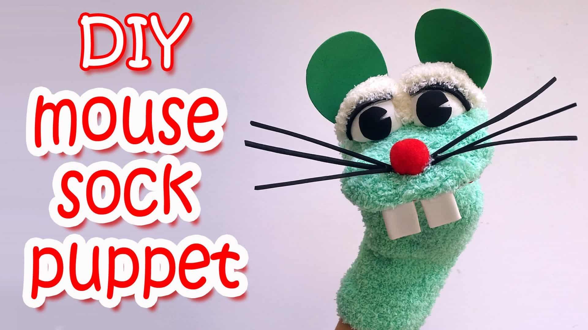 Room 10 blog 2013: making sock puppets.