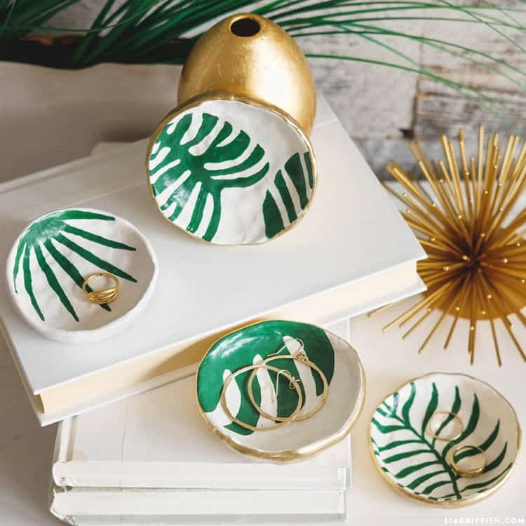 Tropical trinket dishes