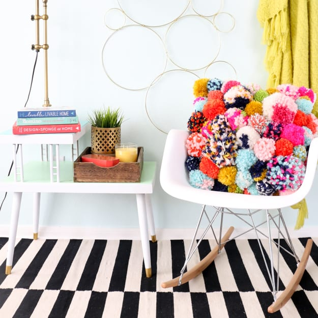 DIY crazy pom pom pillow