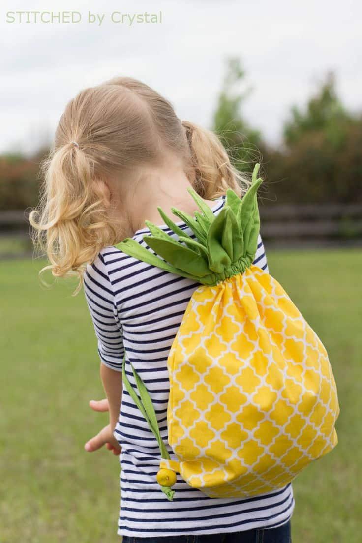 DIY pineapple drawstring bag
