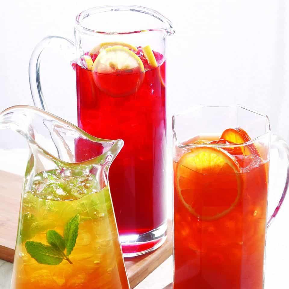 Green jasmine mint iced tea with lemon