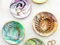 Marbled clay ring dish 200x150 15 Pretty Handmade Gift Ideas Made of Clay