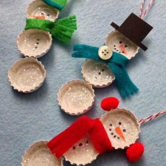 Bottle cap snowmen ornaments