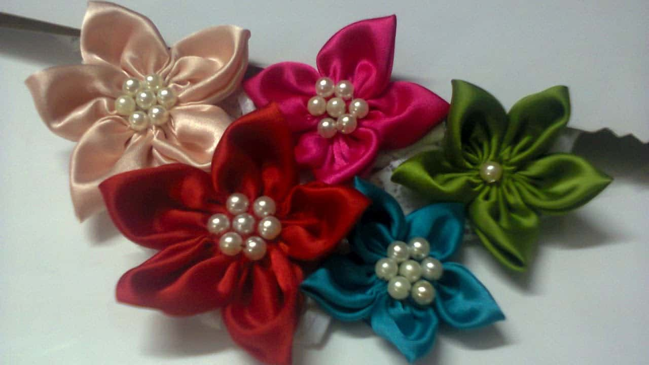 Cute satin and pearl flower