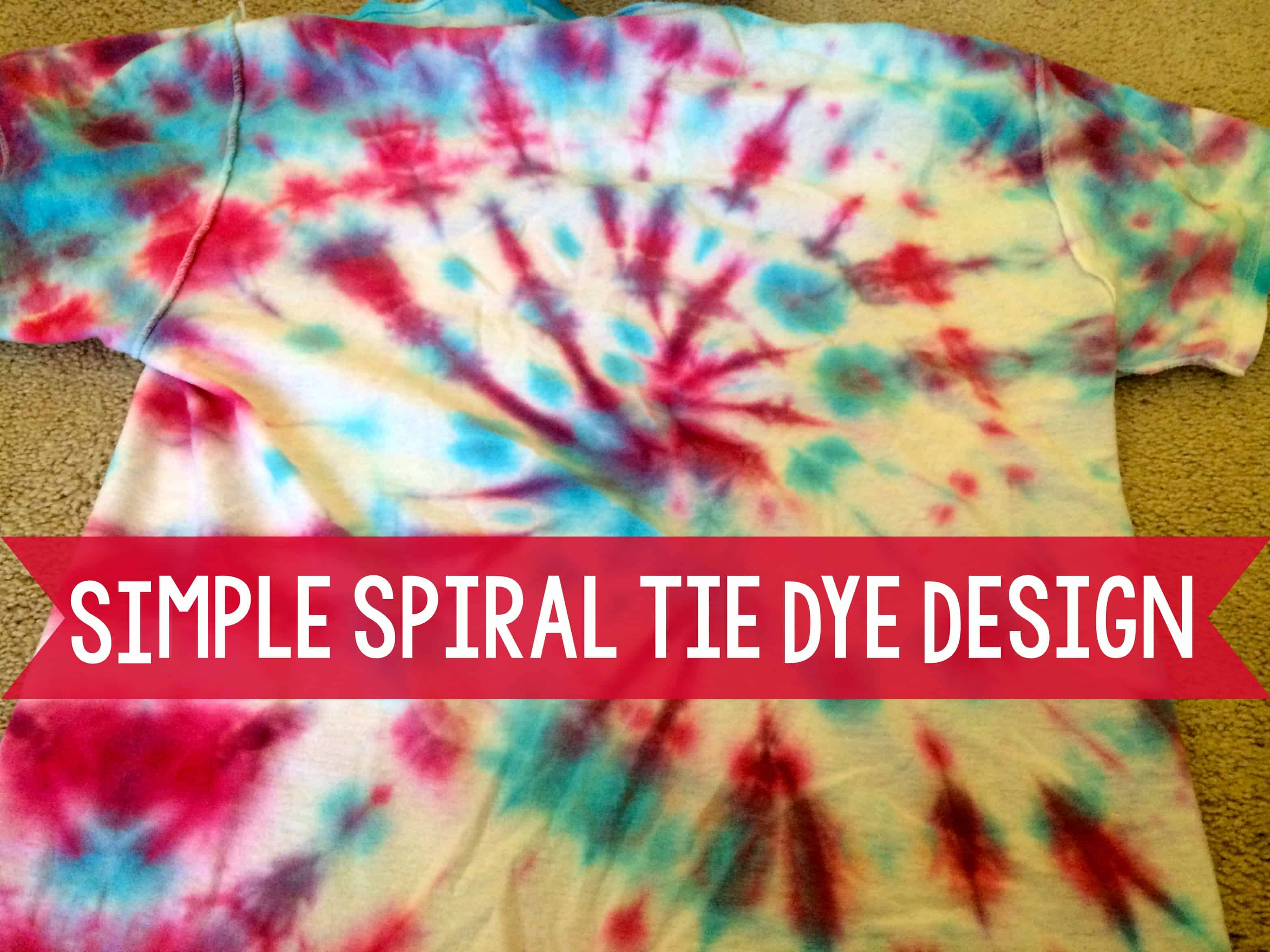 Simple spiral shaped tie dye t-shirts
