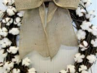 Snowballed winter wreath 200x150 14 Delightful and Super Fun Crafts Made With Cotton Balls
