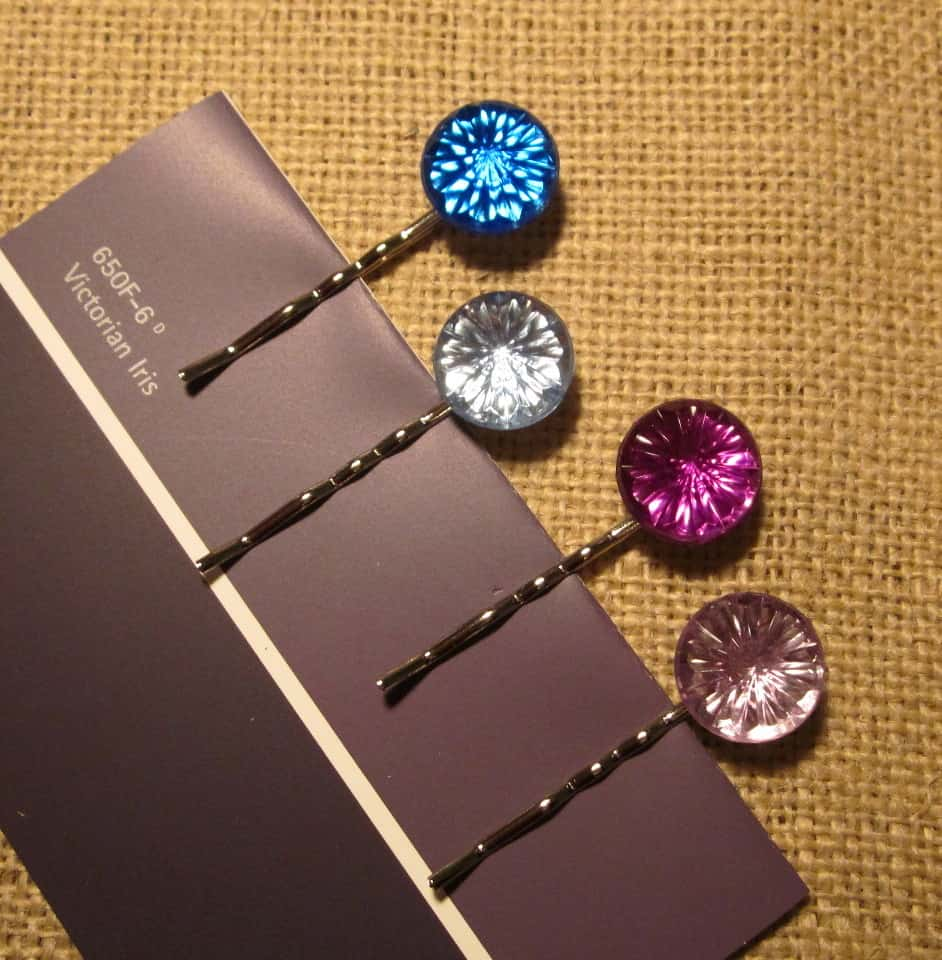 Stylish rhinestone bobby pins