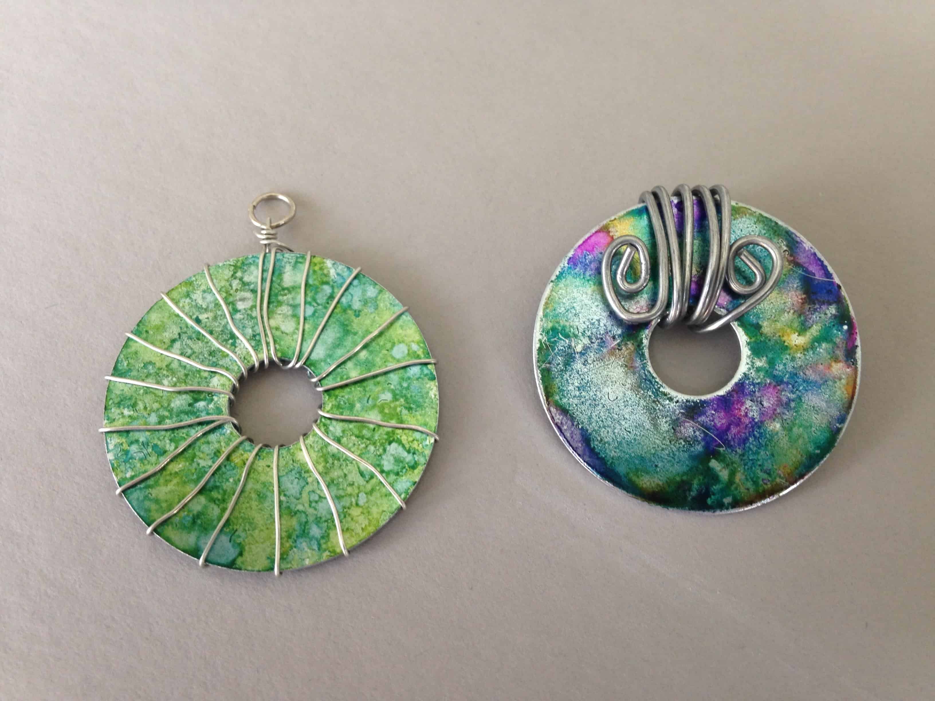 Alcohol ink washer and bent wire design necklaces