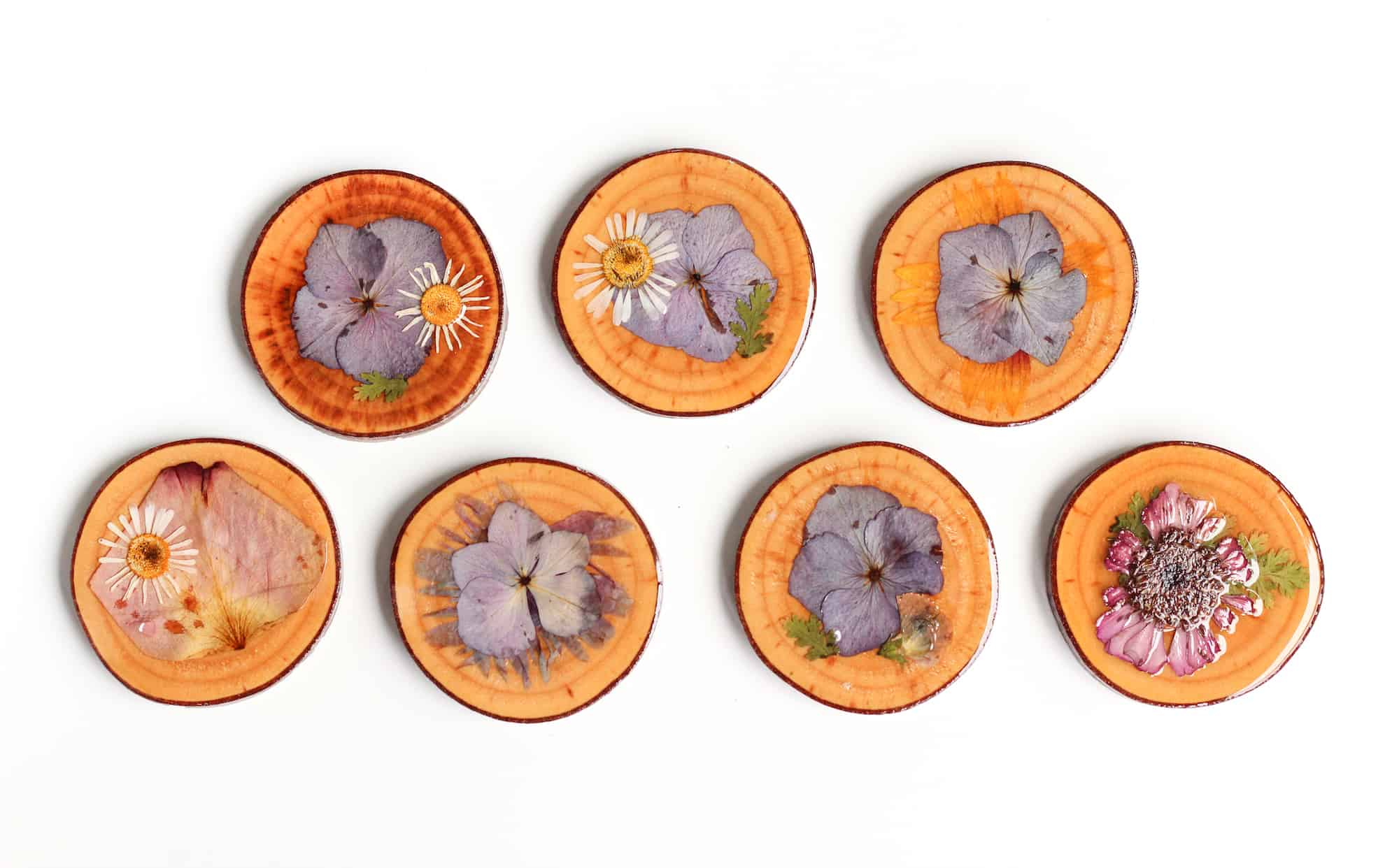 Dried flower wooden coasters
