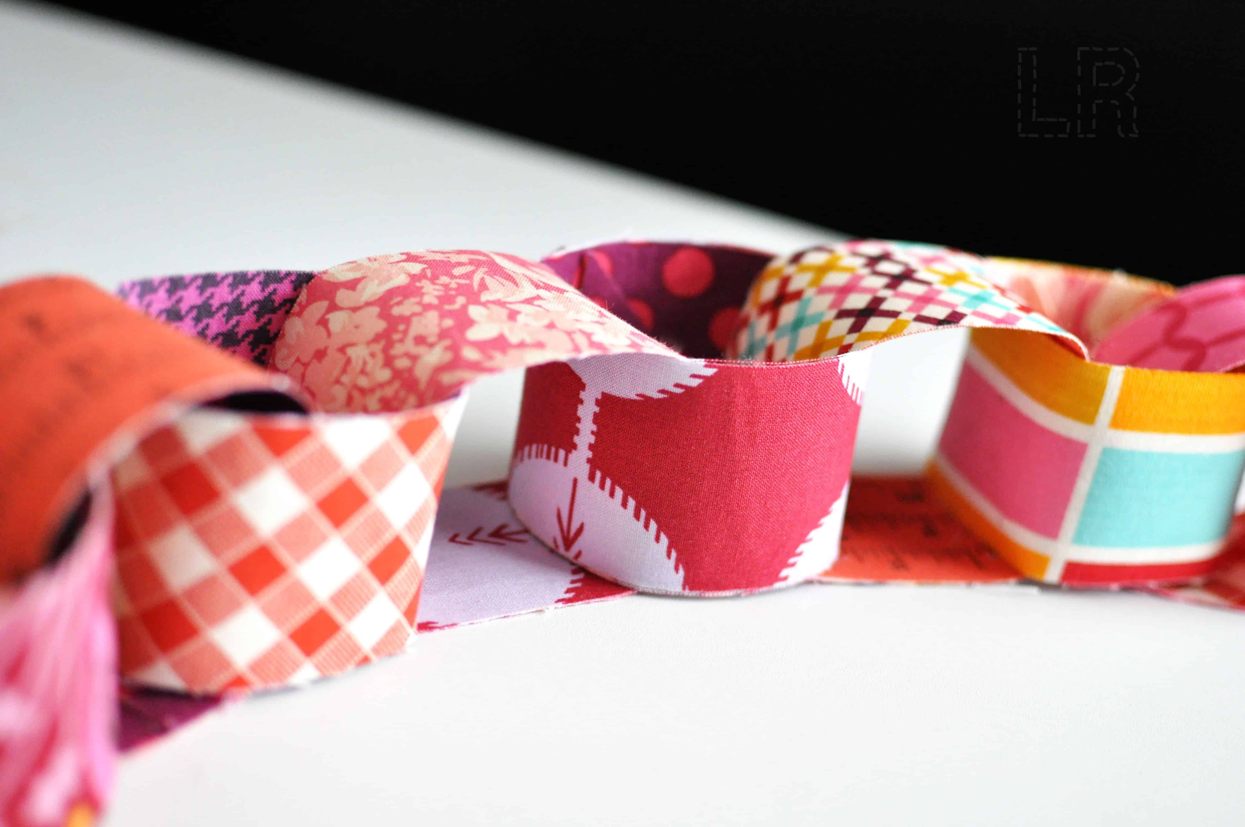 Fabric chain bunting