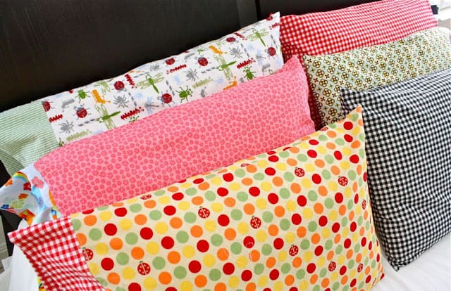 Graphic pillow cases