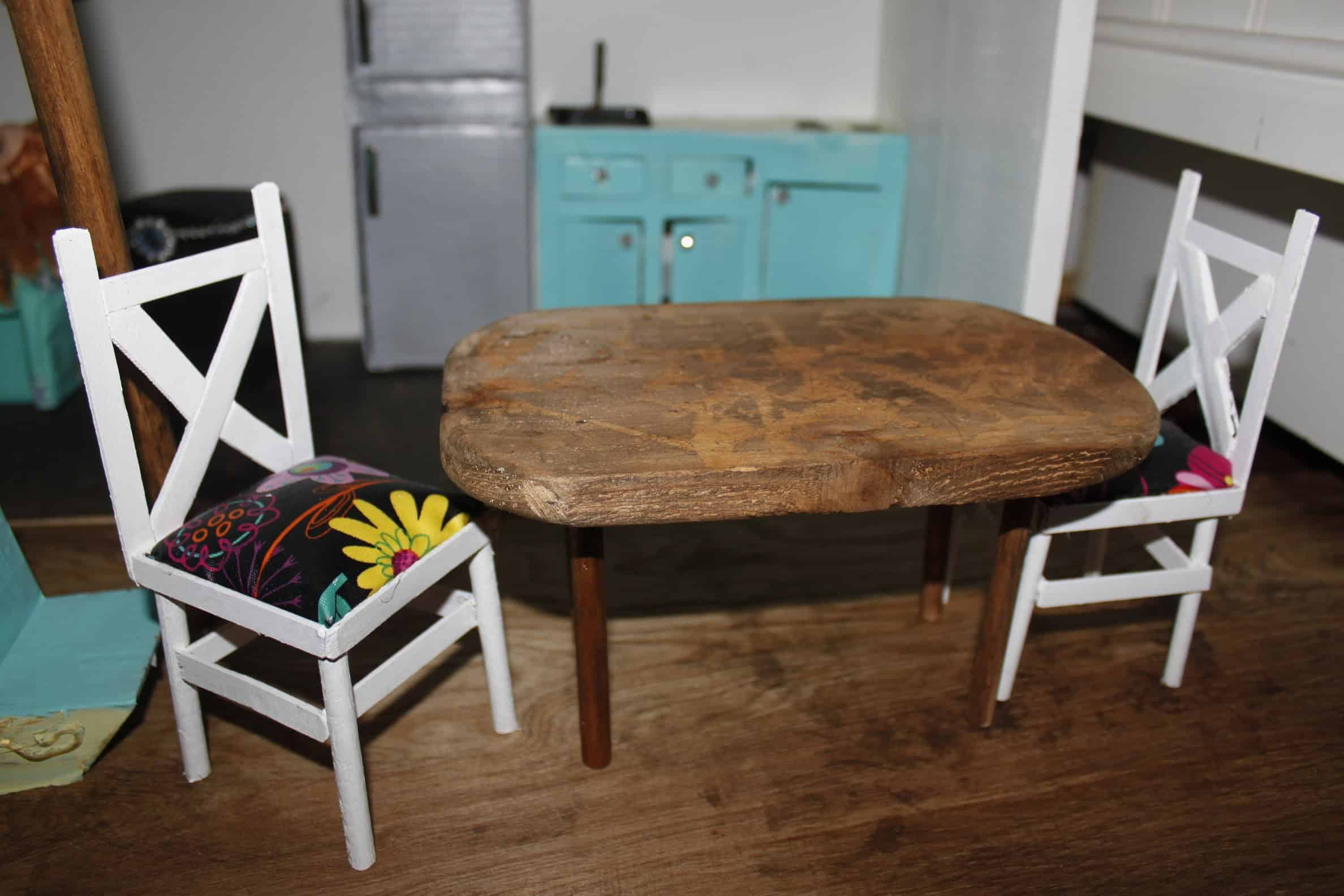 Kitchen chairs with cushions