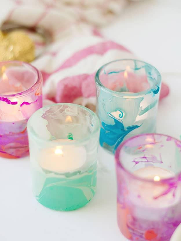 Marbled tea light candle holders