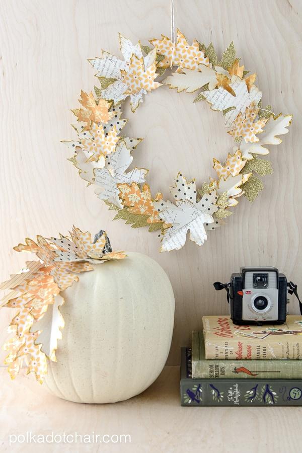 Autumn paper leaf wreath