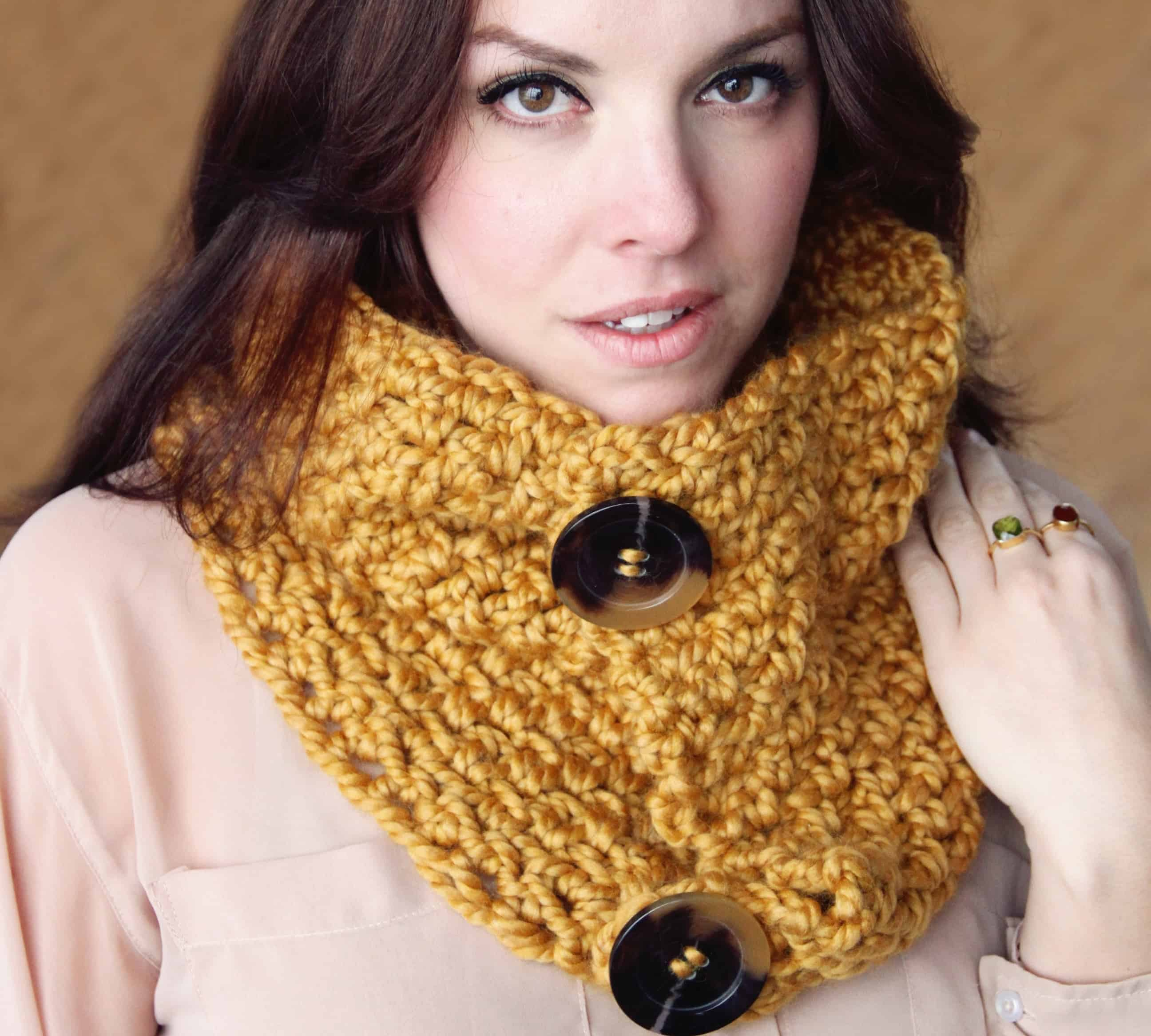 Brooklyn buttoned cowl
